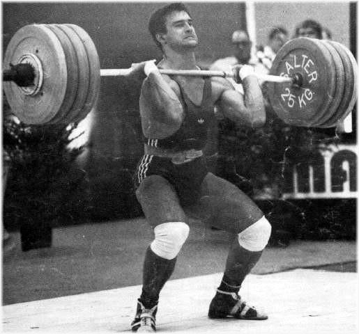 5 juillet 1985 : Francis Tournefier à Clermont-l'Hérault. Tentative à l'épaulé-jeté à 200 kg