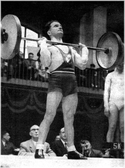Marcel Thévenet Champion de France d'haltérophilie Poids Coqs 1951