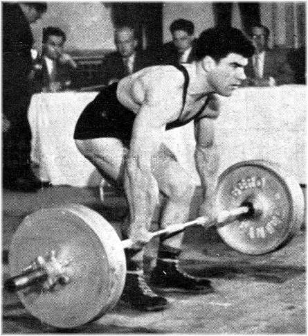 Maurice Sanchez (Athlétic Club de Montpellier) Champion de France Poids Légers 1957