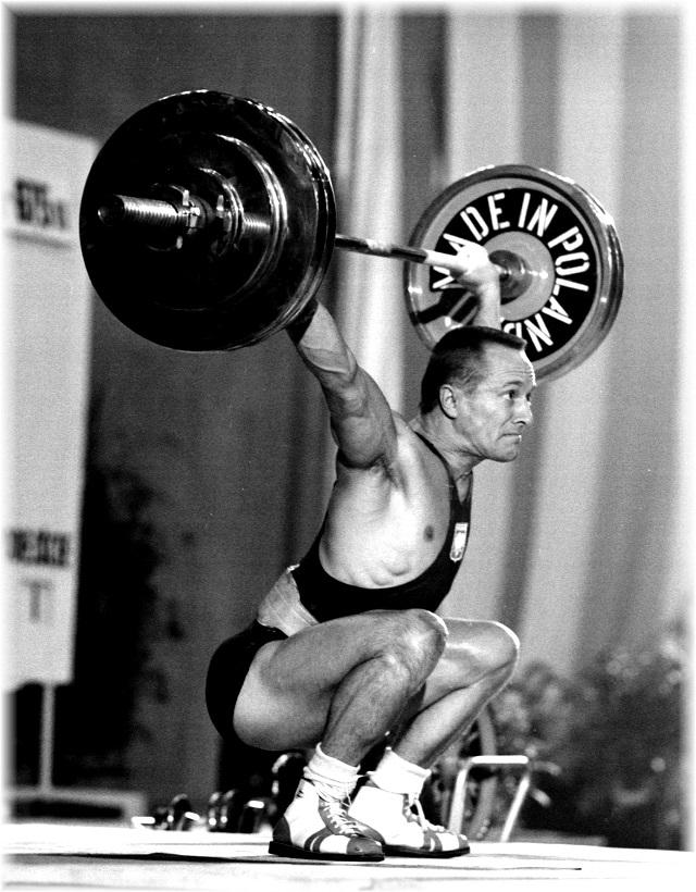 Le grand Champion des Championnats du Monde 1969, le Polonais Waldemar Baszanowski, vainqueur de la catégorie des Poids Légers et détenteur de trois nouveaux records du Monde : à l'arraché, à l'épaulé-jeté et au total olympique..